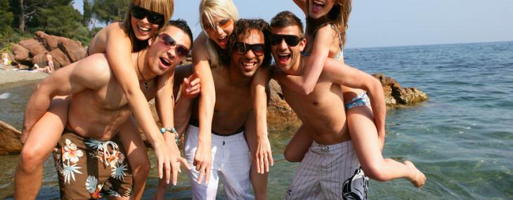 Partyurlaub inkl. Busreise mit Easysummer